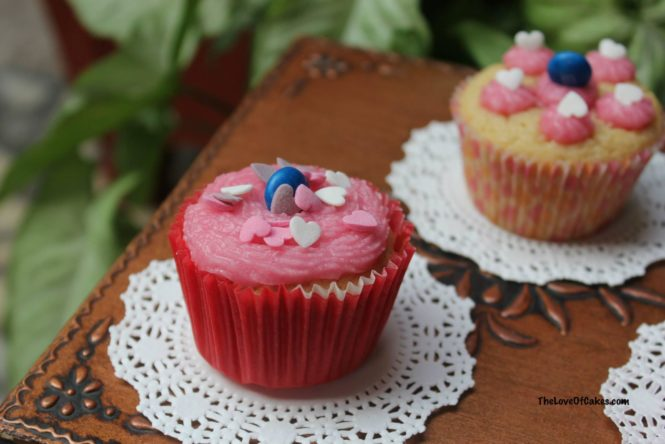 Pink Frosting Cupcakes