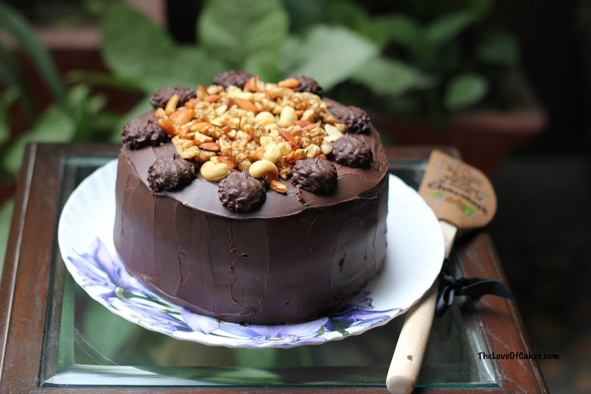Chocolate Caramel Layer Cake | The Love Of Cakes