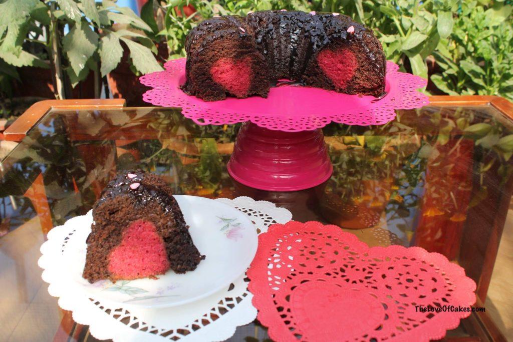 chocolate bundt cake with strawberry