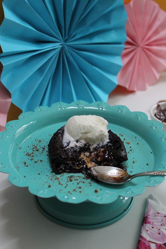 Chocolate Lava Cake with Peanut Butter