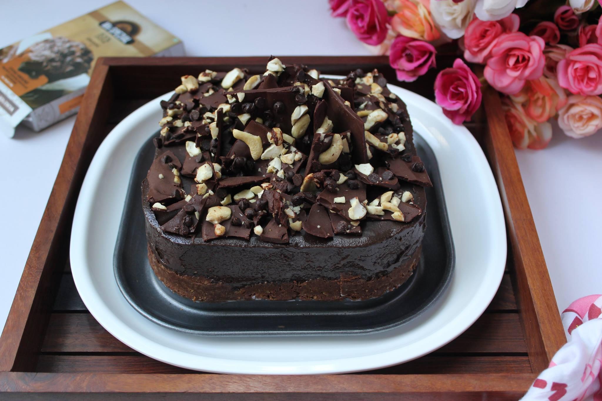 No-Bake Cashew Cream Chocolate Cheesecake