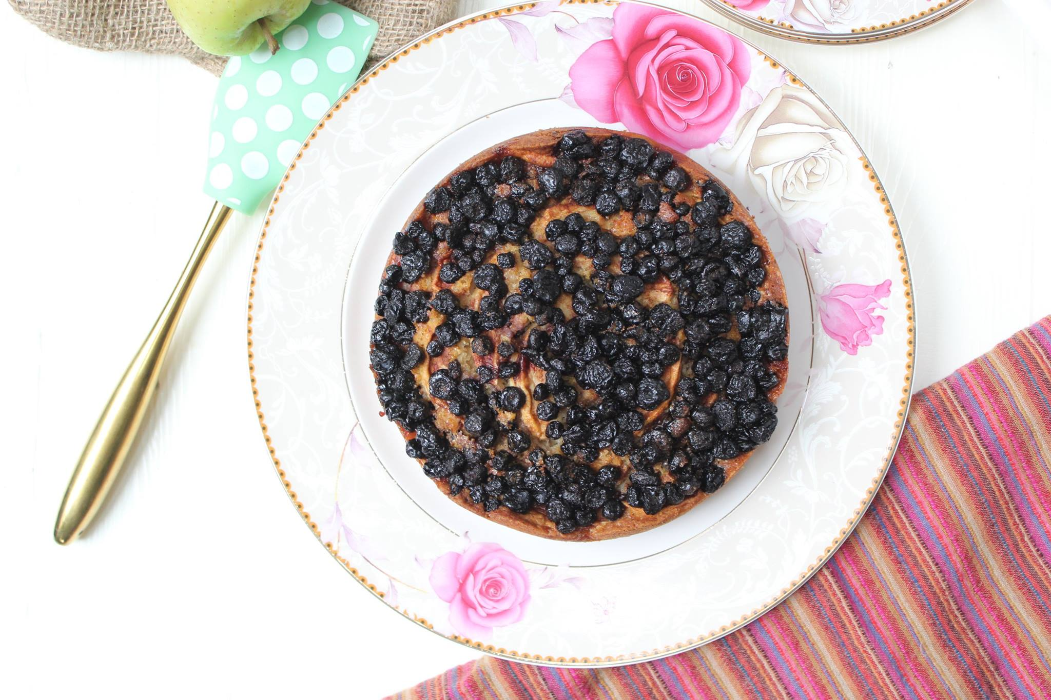 Apple Blackberry Cake