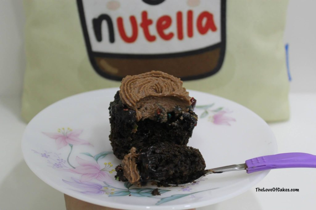 Chocolate Cupcakes Nutella Frosting