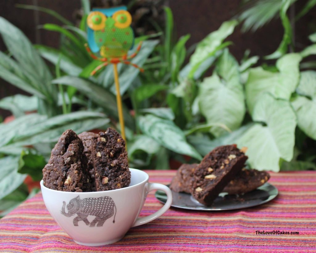 chocolate walnut biscotti