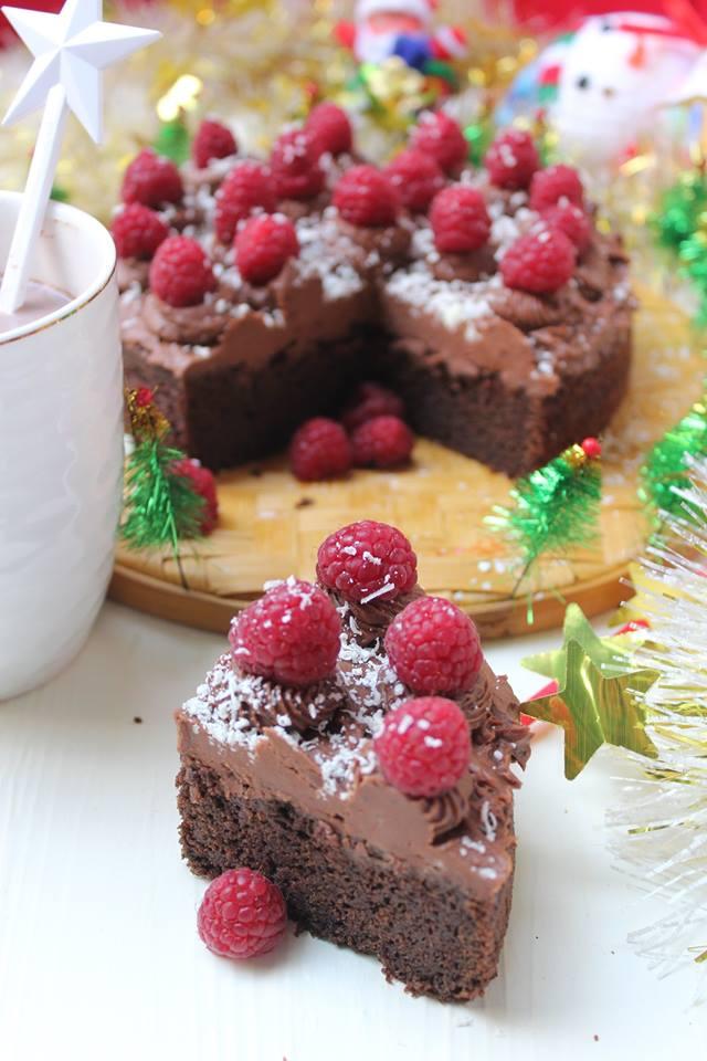 Eggless Dark chocolate cake, chocolate buttercream frosting and fresh raspberries